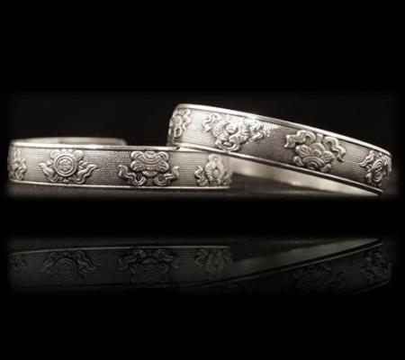 Tribal 8 glückverheißende Zeichen Miao Armband