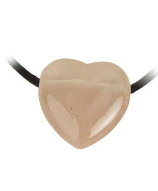 Rosenquarzanhänger in Herzform, gebohrt mit Lederband